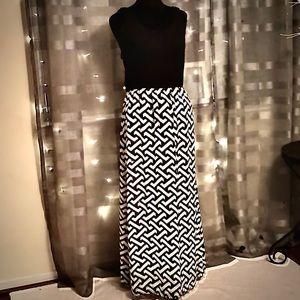 Designed Black & White Maxi Dress w/ Black Top